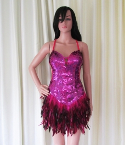 R72 Sweet Bird Feather Showgirl Dress M