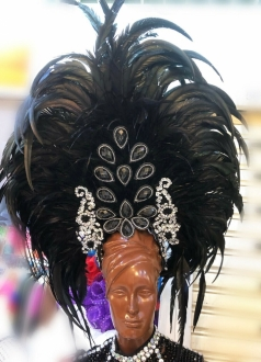 H917 The Titanic Light Headdress