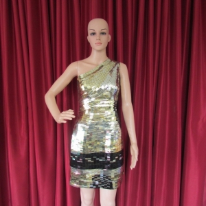 R32 Golden Stronger Queen Showgirl Dress L