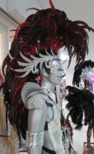 C061 Iron Hero Man Showgirl Mohawk Headdress